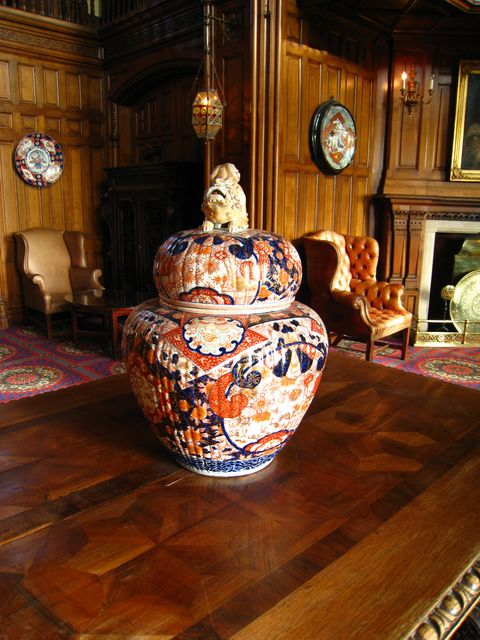 Photo of a vase in the Ashford Castle main hall